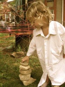 preschooler e as Andy Goldsworthy