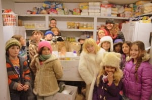 Third grade at the pantry. Photo courtesy of Jodi Ford at Children First.